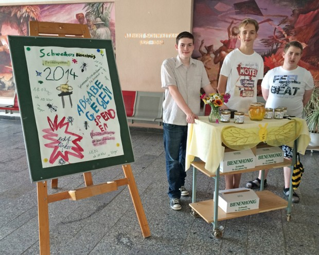Honigtopf Projekt Verkaufsstand in der Albert-Schweitzer-Schule Leipzig